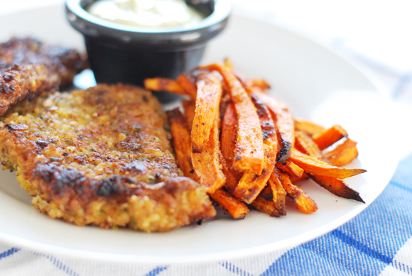 Paleo fish n chips with spicy avocado tartar sauce a for Fish stick sauce